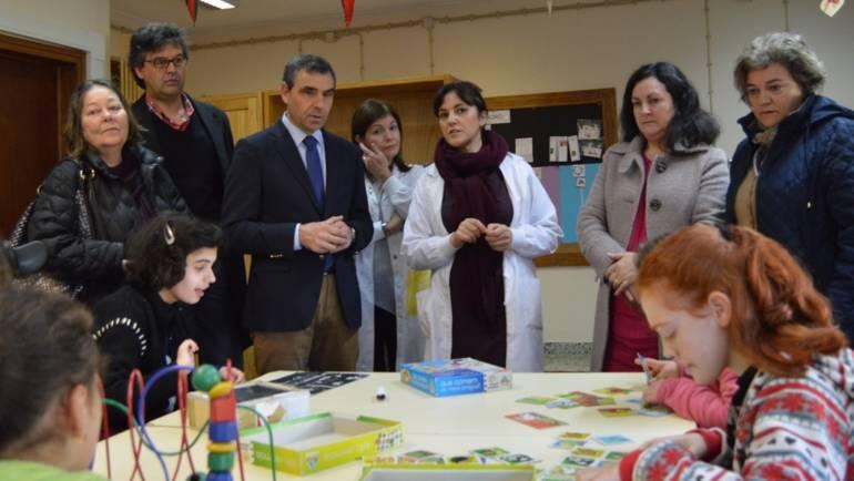Câmara Municipal e Agrupamento de Escolas Joaquim de Araújo inauguraram sala de Unidade Especializada de Apoio à Multideficiência