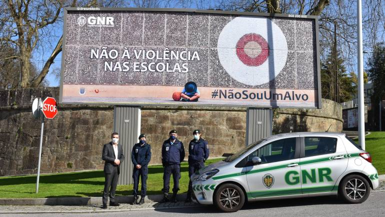 MUNICÍPIO DE PENAFIEL ASSOCIA-SE À GNR NA CAMPANHA DE SENSIBILIZAÇÃO #NÃOSOUUMALVO